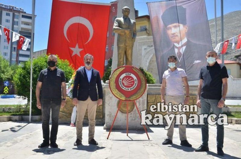 CHP'den 19 Mayıs çelengi