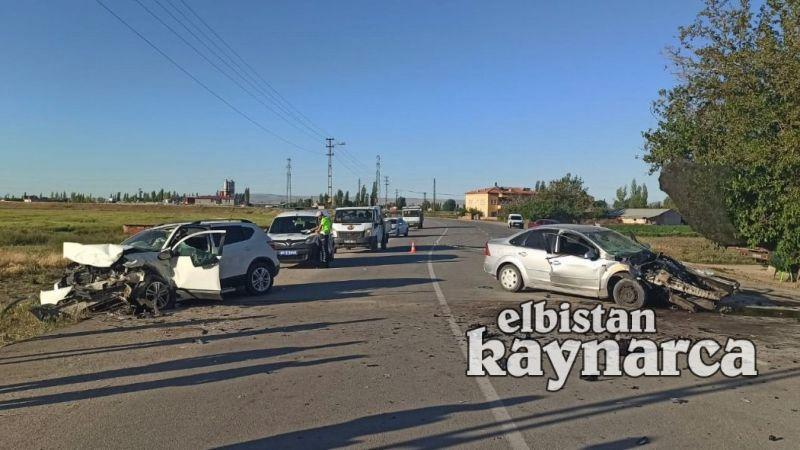 Otomobille cip kafa kafaya çarpıştı: 1'i ağır 3 yaralı