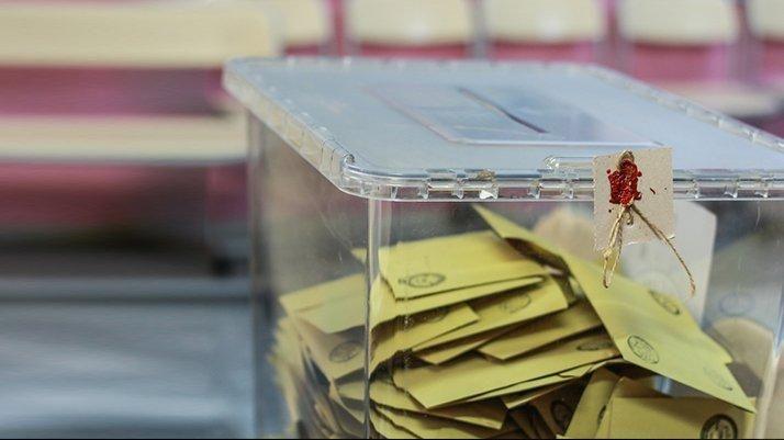 Elmalı'daki seçim yarışını Kemal Aslan kazandı