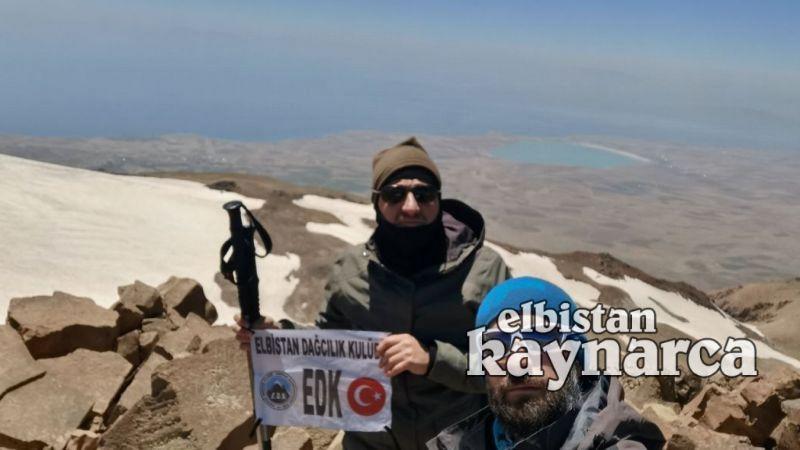 EDK üyesi dağcılardan Süphan Dağı tırmanışı