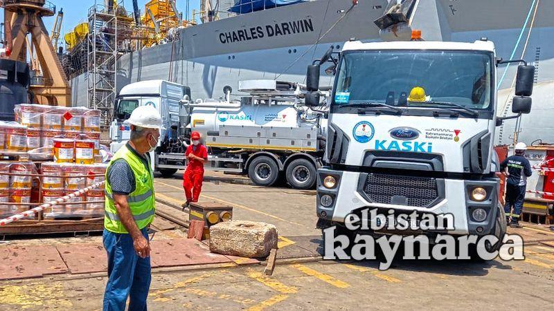 Büyükşehir ekiplerinden Marmara'da müsilaj seferberliği