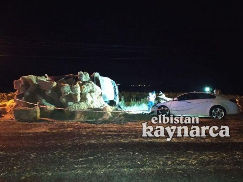 Otomobil saman yüklü kamyonete çarptı: 7 yaralı