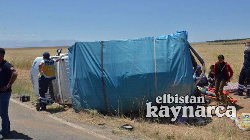 Tarım işçilerini taşıyan kamyonet devrildi: 8 yaralı