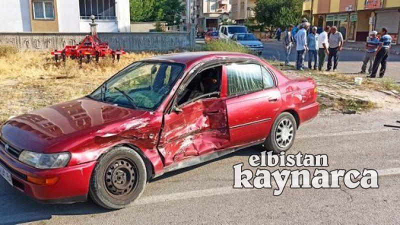 Vatandaşların önlem alınsın dediği kavşakta 2 kaza: 5 yaralı