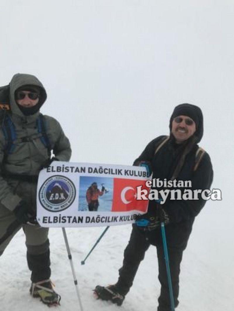 Elbistanlı dağcı Ağrı Dağı'na zirve tırmanışı gerçekleştirdi