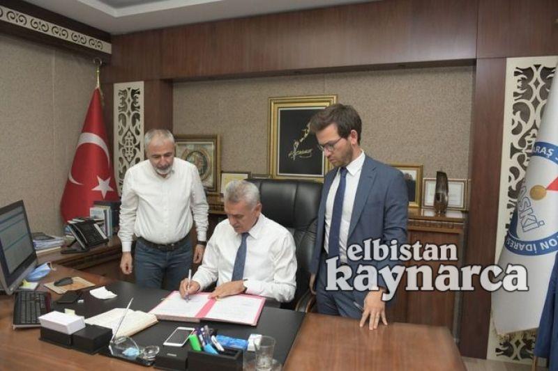 Elbistan'daki içme suyu projeleri için imzalar atıldı