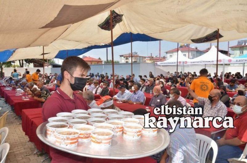 Cemevi'nde geleneksel aşure programı düzenlendi