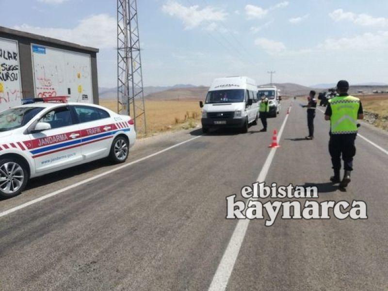 Jandarma trafik, yolcu taşımacılığı yapan araçları denetledi