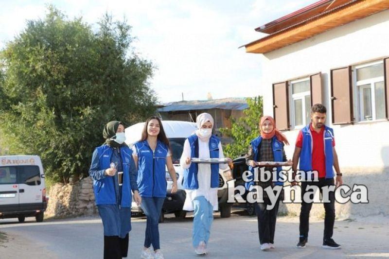Gençlik Merkezi'nden Karamağara'da aşure ikramı