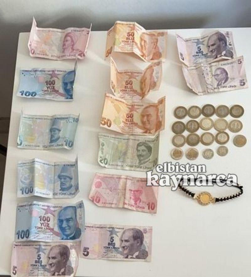 Dilencinin üzerinden 800 lira para ve altın çıktı