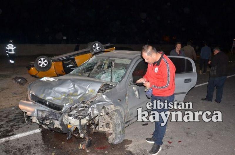 4 aracın karıştığı zincirleme kazada 2'si ağır 6 yaralı