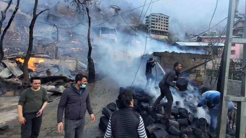 Artvin'in Yusufeli ilçesi Dereiçi köyündeki yangın kontrol altına alındı