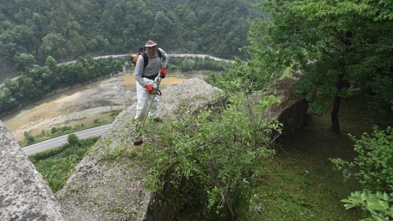 Andoz Kalesi turizm sezonuna hazırlanıyor