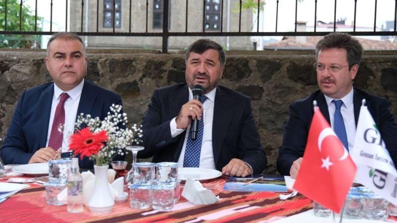 """Şenlikoğlu: """"Ana eksenimiz turizmi destekleyici projeler"""""""