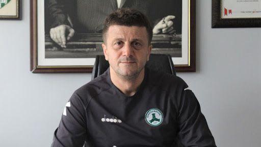 """Giresunspor Teknik Direktörü Hakan Keleş: """"Bir santrfor ve kenar oyuncusu daha alacağız"""""""