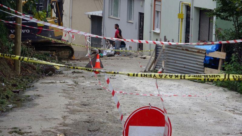 Giresun'da 7 katlı bir bina çökme tehlikesine karşı boşaltıldı