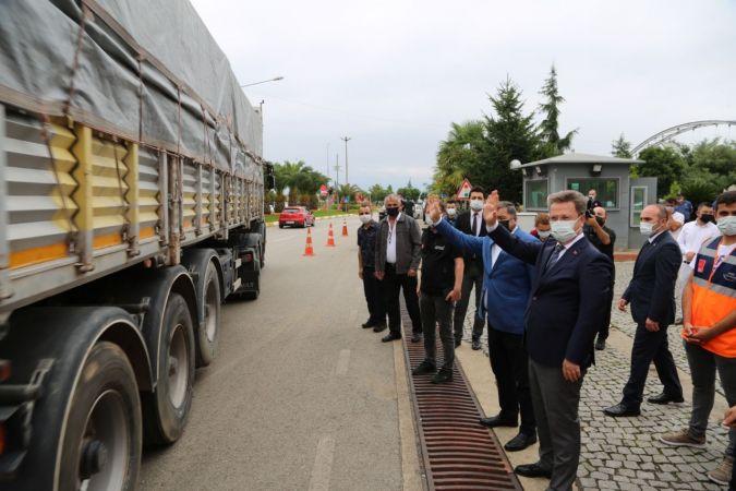 Giresun'dan Sinop'a 5 tır yardım malzemesi gönderildi