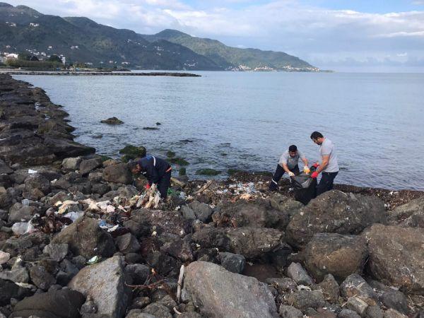 Espiye Belediyesinin çevre temizliği çalışmaları sürüyor