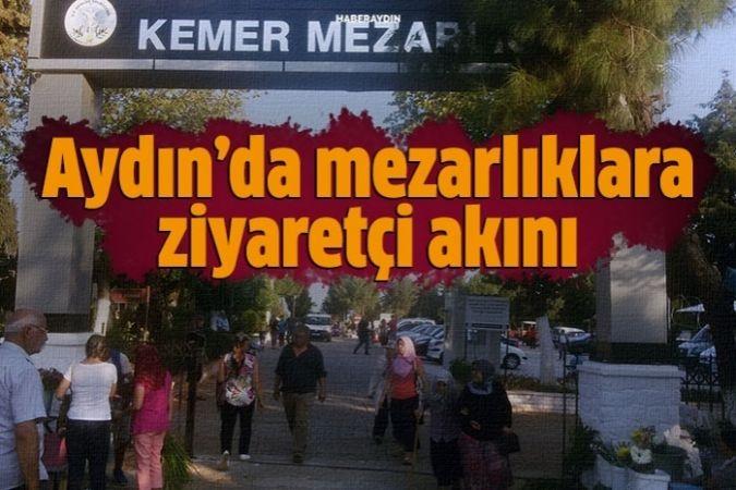 Aydın'daki mezarlıklar, ziyaretçilerle doldu