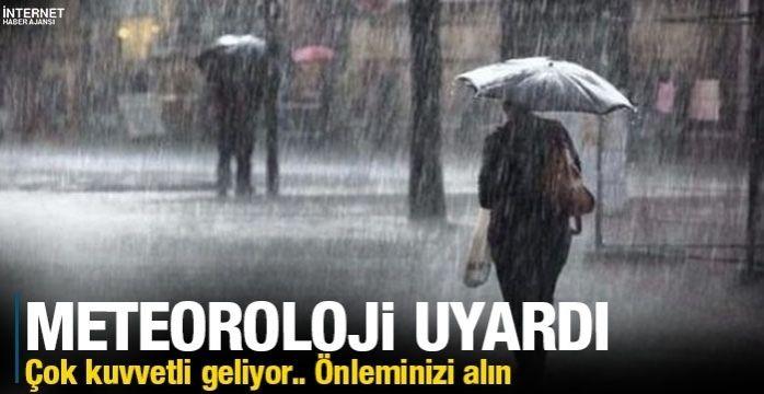 Meteoroloji'den İstanbullulara uyarı: Çok kuvvetli sağanak yağış geliyor