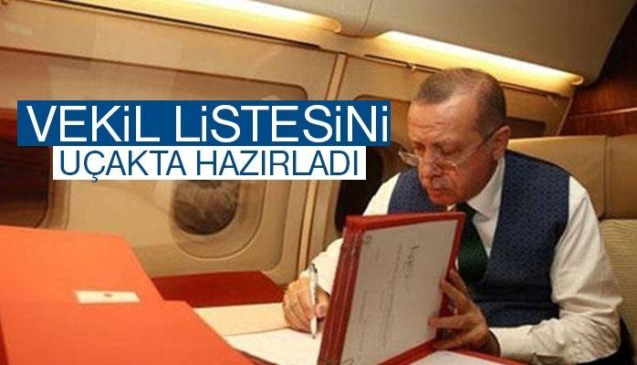 Cumhurbaşkanı Erdoğan vekil listesini uçakta hazırladı