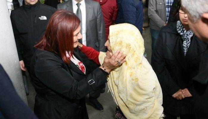 Başkan Çerçioğlu Yenipazar Pazarını Ziyaret Etti