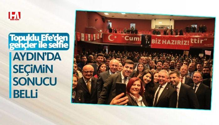 Topuklu Efe'den gençler ile 'selfie'