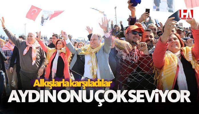 Başkan Çerçioğlu Çine'de Düzenlenen Deve Güreşlerini İzledi