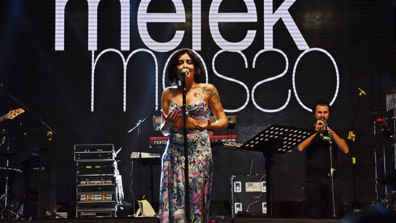 Melek Mosso Turgutlu'da konser verdi