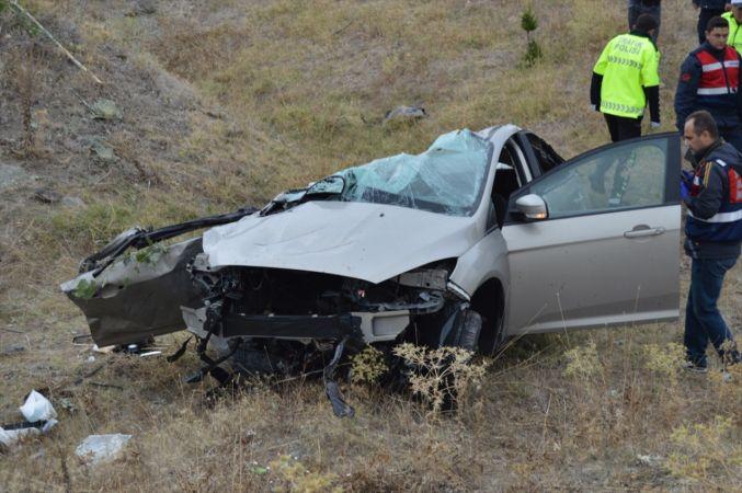 Afyonkarahisar'da trafik kazası: 3 ölü, 2 yaralı