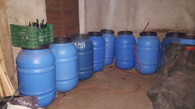Aydın'da 2 bin 820 litre kaçak şarap ele geçirildi