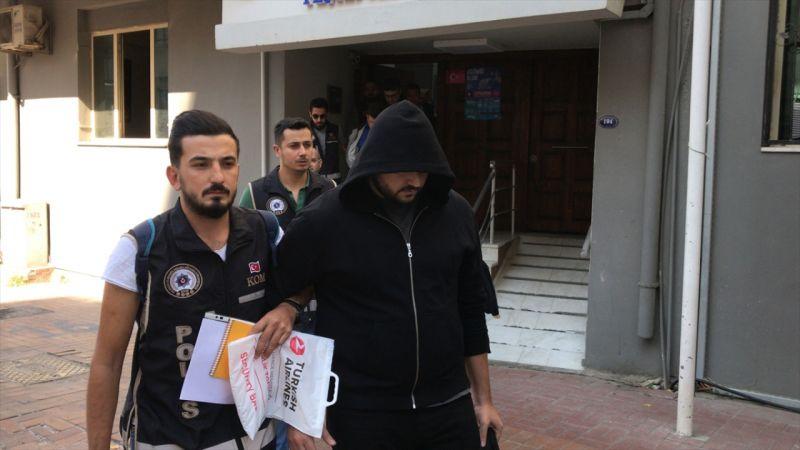 """İzmir merkezli """"sahte gözlük"""" operasyonu"""