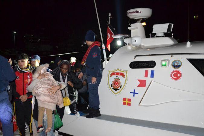İzmir'de 77 düzensiz göçmen yakalandı