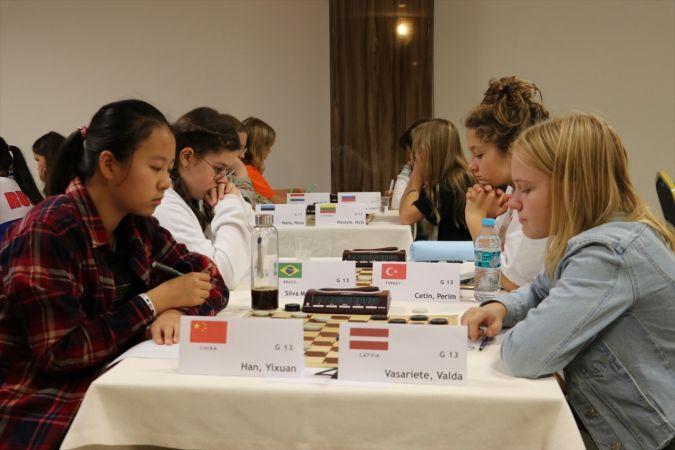Dünya Yaş Grupları Dama Şampiyonası İzmir'de başladı