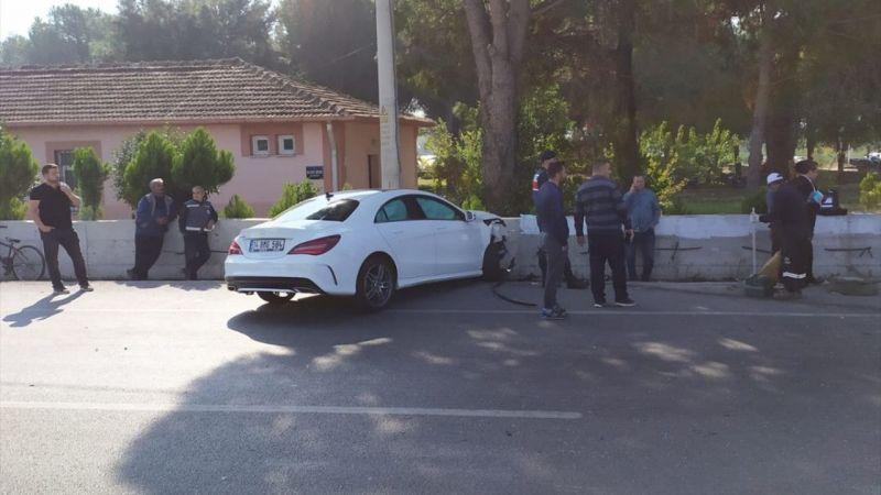 İzmir Milletvekili Mahir Polat trafik kazasında yaralandı