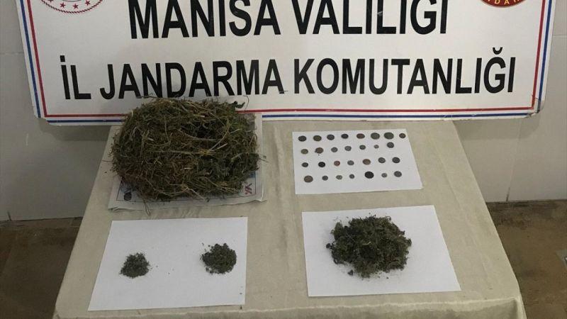 Manisa'da uyuşturucu operasyonunda tarihi sikkeler ele geçirildi