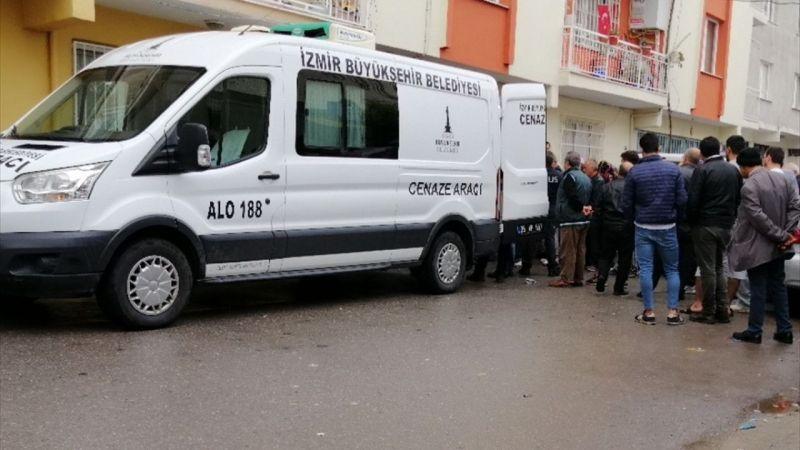 İzmir'de eşini baltayla öldürdüğü iddia edilen zanlı teslim oldu