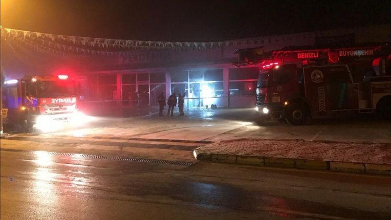 Denizli'de markette çıkan yangın hasara yol açtı