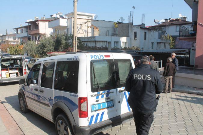 Denizli'de 69 yaşındaki kadın evinde ölü bulundu