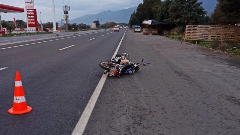 Aydın'da devrilen motosikletteki baba öldü, oğlu yaralandı
