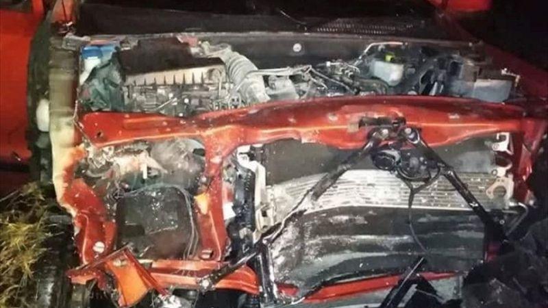 Afyonkarahisar'da otomobil ile hafif ticari araç çarpıştı: 4 ölü, 2 yaralı