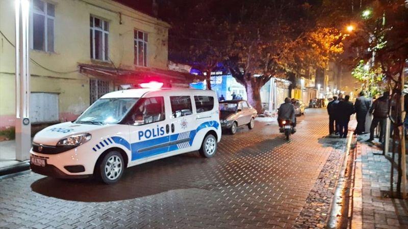 Manisa'da çıkan bıçaklı kavgada bir kişi yaralandı