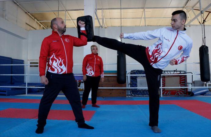 Zayıflamak için başladığı karatede Balkan şampiyonu oldu