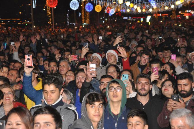Kuşadası'nda yeni yıl kutlamaları