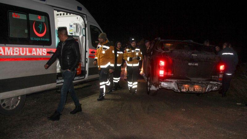 Kütahya'da ormanlık alanda mahsur kalan belediye başkanı ve 2 işçi kurtarıldı