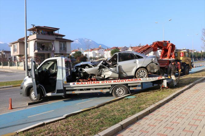 Denizli'de takla atan otomobilin sürücüsü öldü