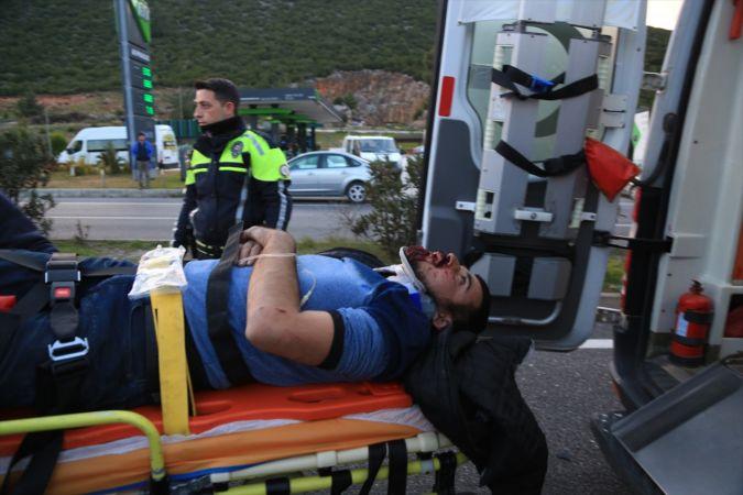 Muğla'da trafik kazasında 4 kişi yaralandı