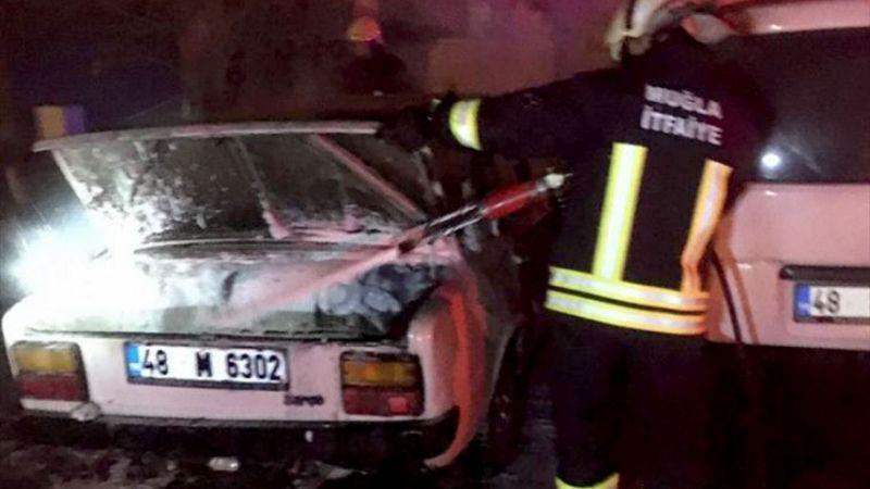 Muğla'da park halindeyken yanan otomobildeki kişi öldü
