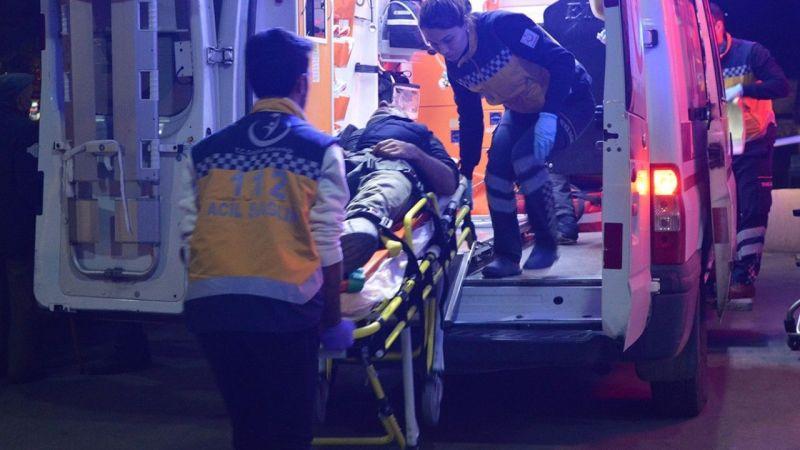 Aydın'da kamyon ile otomobil çarpıştı: 2 yaralı