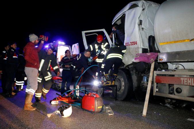 Manisa'da trafik kazasında 1 kişi ağır yaralandı